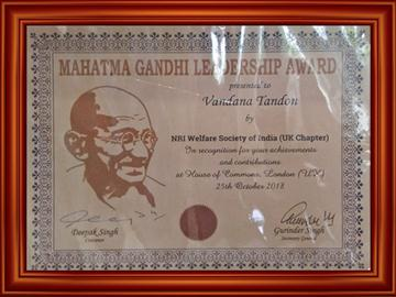 Mahatama Gandhi Leadership award_3-58 PM.jpg